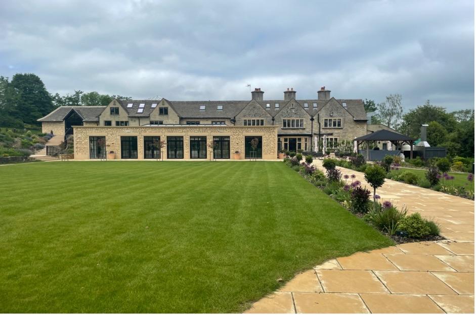 Luxury Wiltshire Wedding Venue